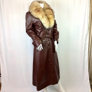 1970's genuine leather trench w detachable collar